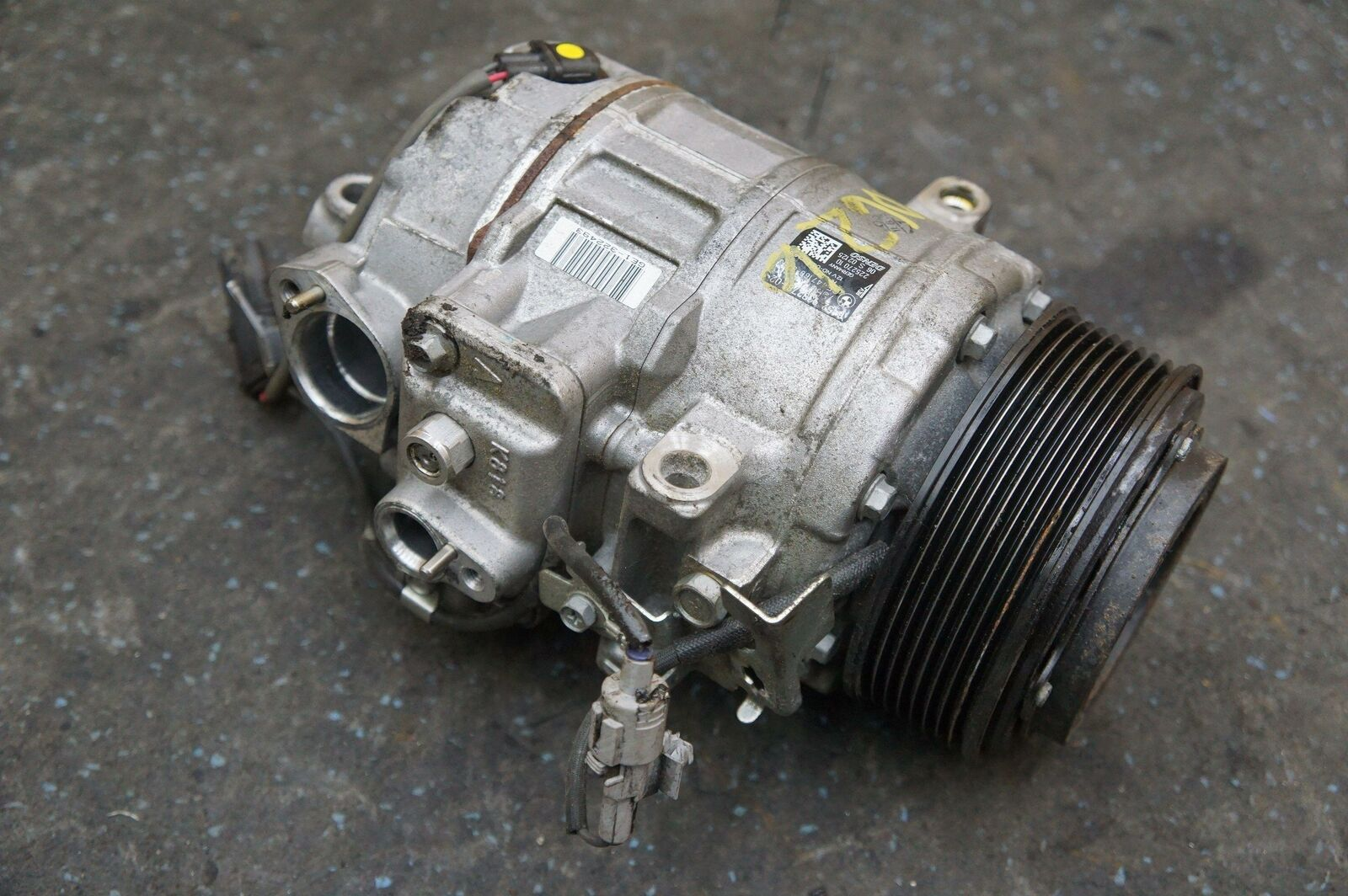 AC Air Conditioning Compressor 64529332781 BMW M235 M3 M4 F22 F80 F82 F83  14-17