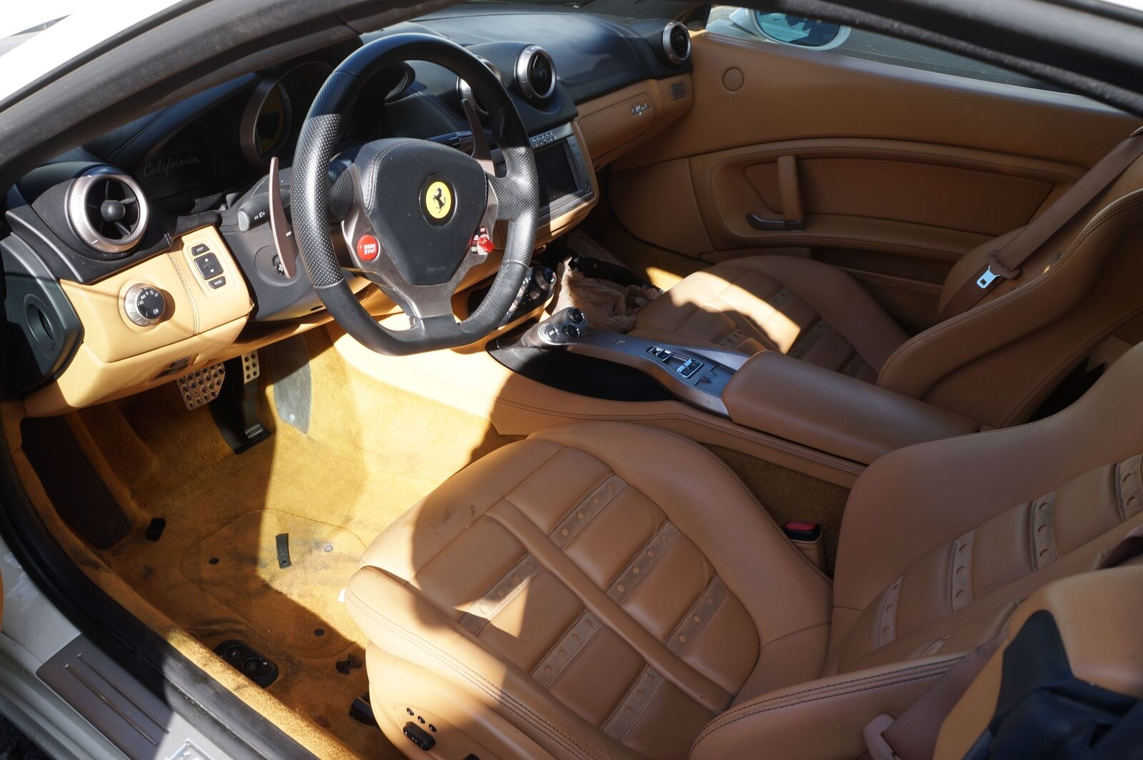 Rear Seat Left Back Rest Pad Beige OEM Ferrari California 2011
