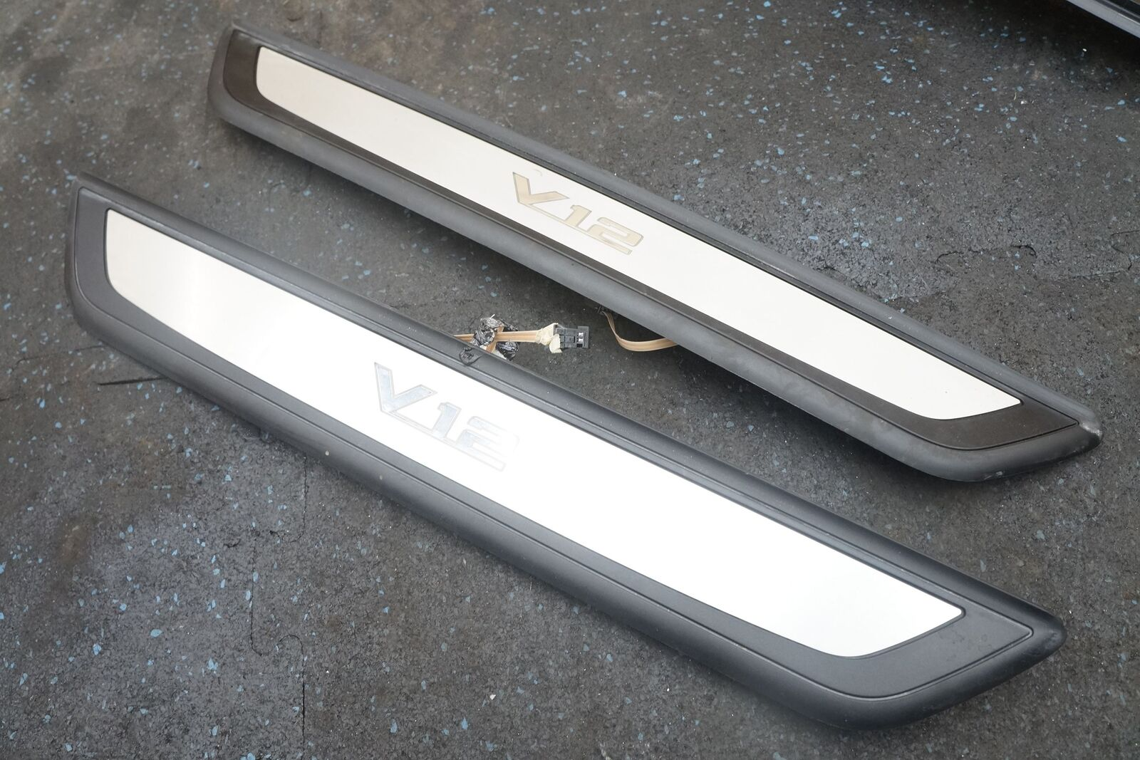 set 4 illuminated door sill