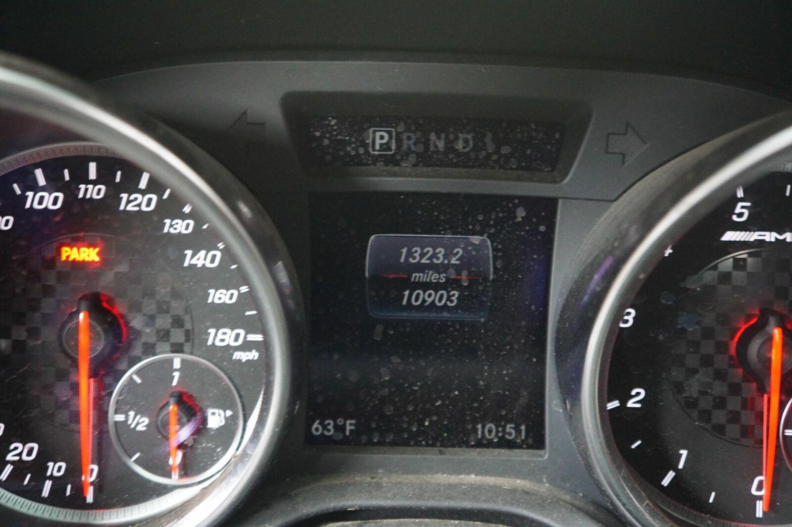 Body Control Module Fuse Relay Box 1729000614 Mercedes SLC43 SLC300 R172  2017-18