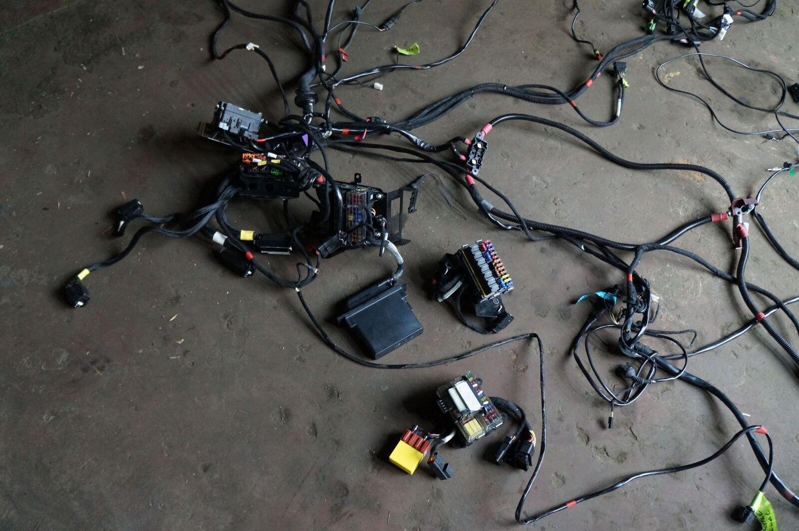 Body Electrical Wire Harness Fuse Diagnosis Switch Lamborghini