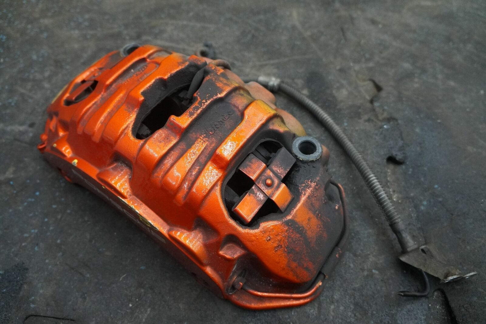 Front Right Brake Caliper Bracket Painted Orange Oem Porsche Panamera