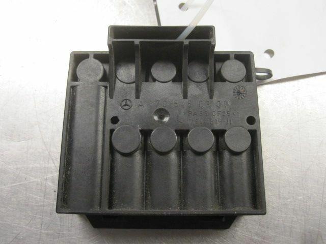 right engine bay fuse box block 1705450301 chrysler crossfire