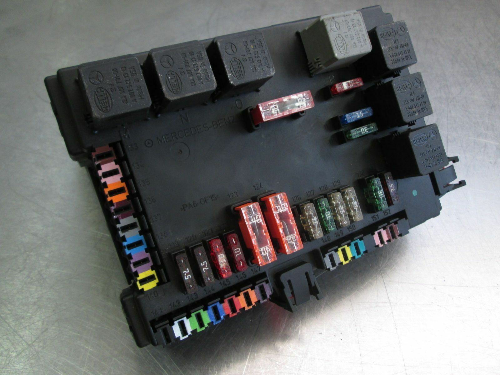 rear signal activation module sam fuse box 2215404762 mercedes s550S550 Fuse Box #21