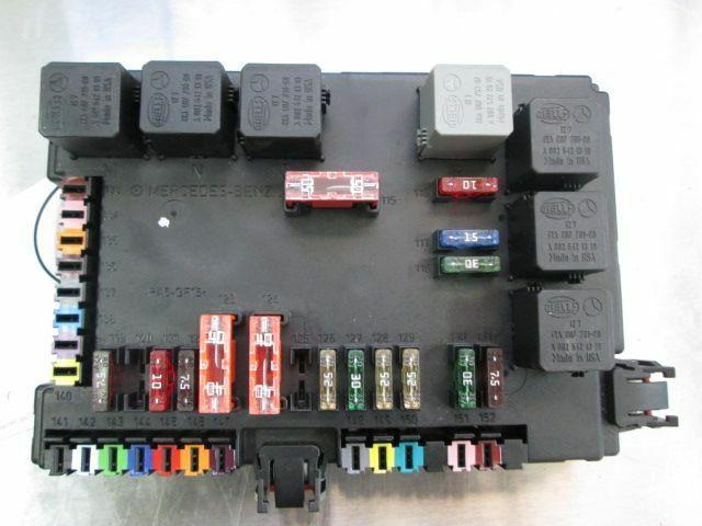 [DIAGRAM_34OR]  Rear Trunk Fuse Box Block 2215450801 Mercedes S550 W221 2007 W216 – Pacific  Motors | 2007 S550 Fuse Box Location |  | Pacific Motors