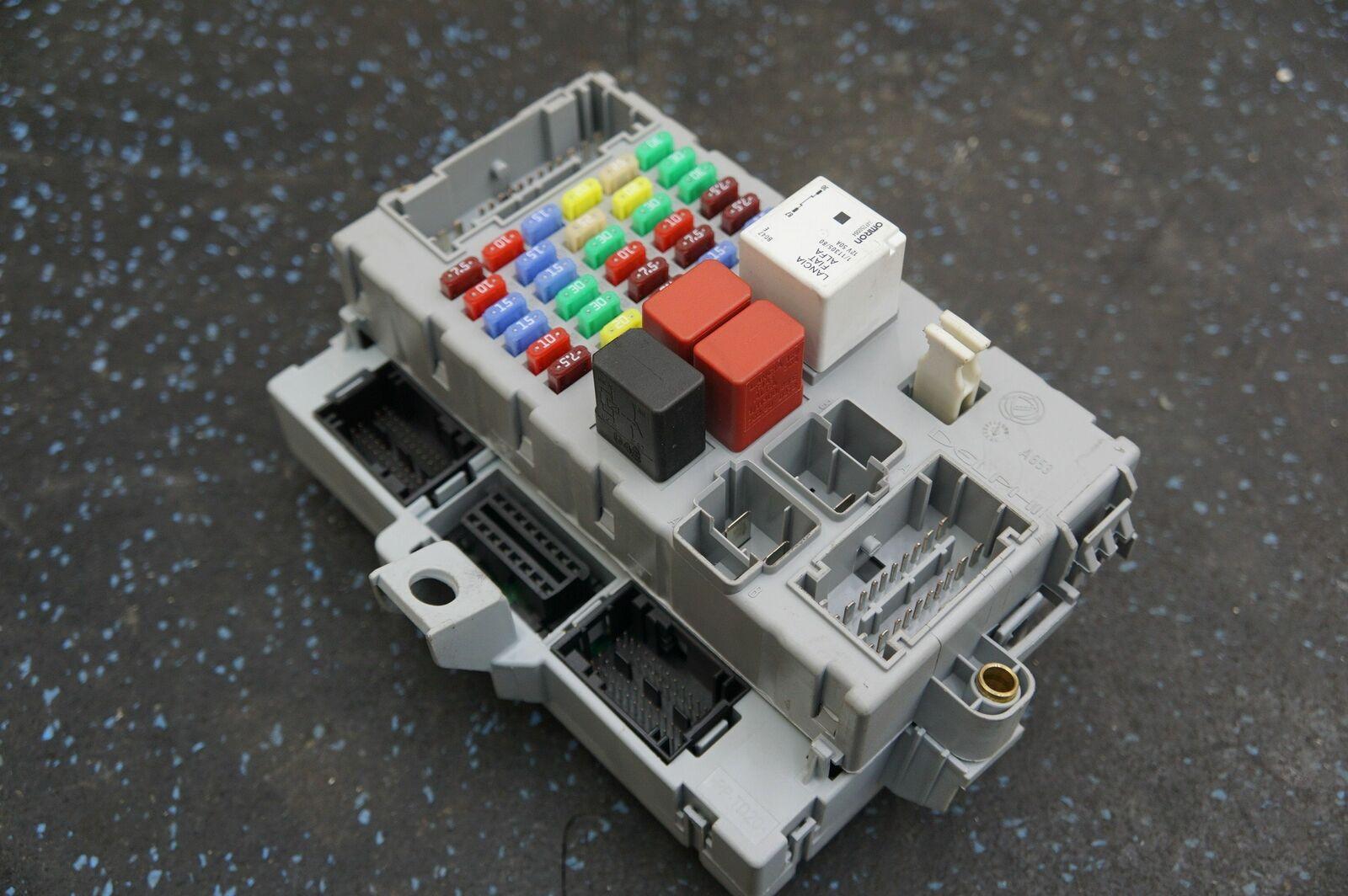 Body Control Module Fuse Relay Box Dashboard Node 245788 283856 OEM Ferrari  FF