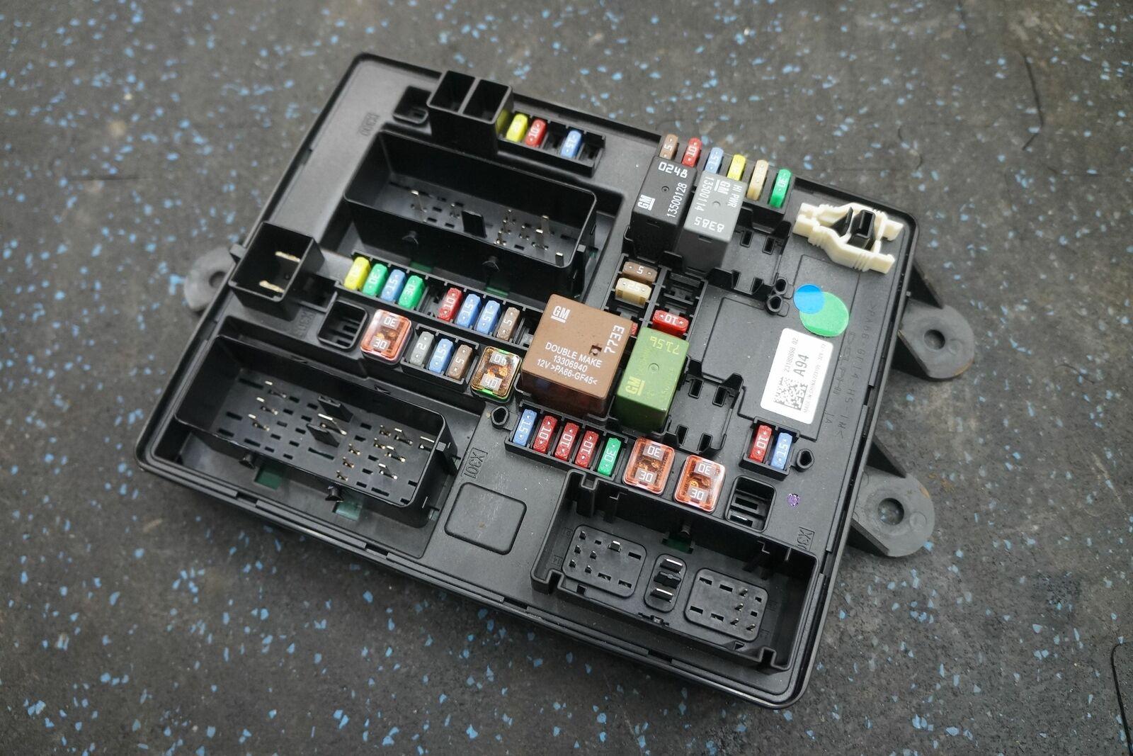fuse box relay terminal junction block 23180898 oem chevrolet corvette c7