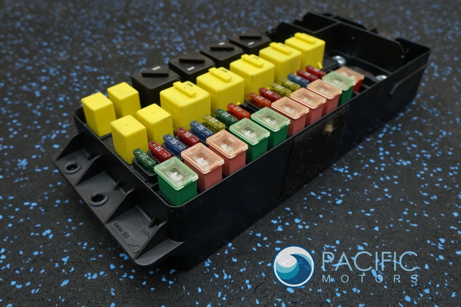 left footwell fuse relay junction box pm23398pc bentley. Black Bedroom Furniture Sets. Home Design Ideas