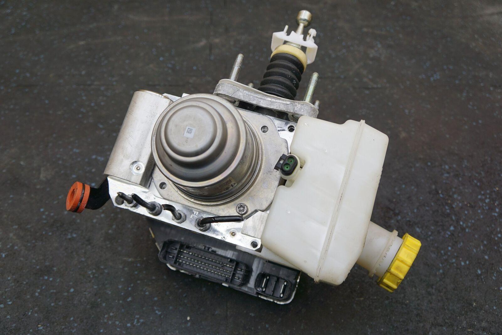 Anti Lock ABS Brake Pump Module Assembly 68300512AA 2 0L Alfa Romeo Giulia  2017