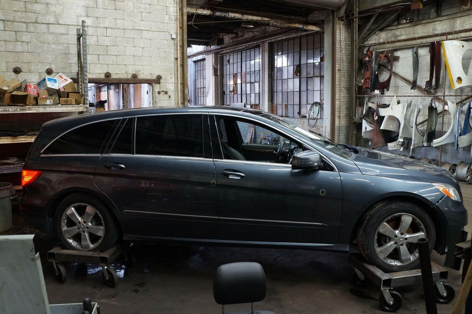 Front Left Disc Brake Caliper & Bracket 1644202383 OEM Mercedes R350 W251  06-12